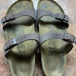 Woman's Birkenstock Arizona - size 38